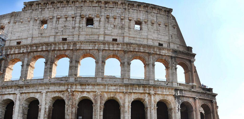 Entrada para el Coliseo