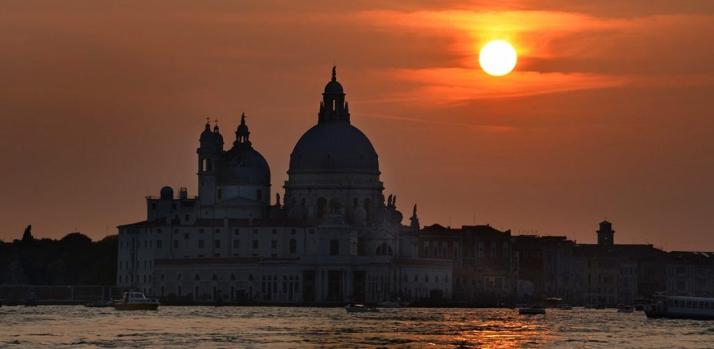 Valentine's Day in Venice Hotels and Museums