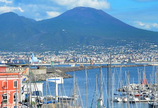 Information about Naples and Pompeii