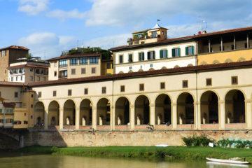 """Visite Corridoio Vasariano il """"Passaggio Segreto"""" dei Medici in Italiano"""